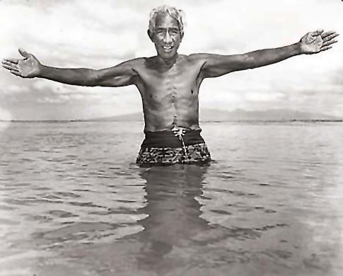 Duke Kahanamoku. Star-Bulletin photo by John Titchen. August 1967. www.johntitchen.com