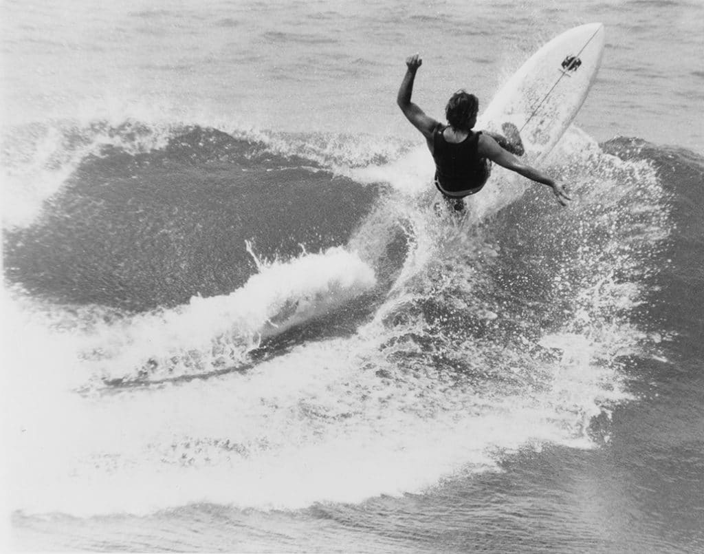 randy_lewis_surfing_1032