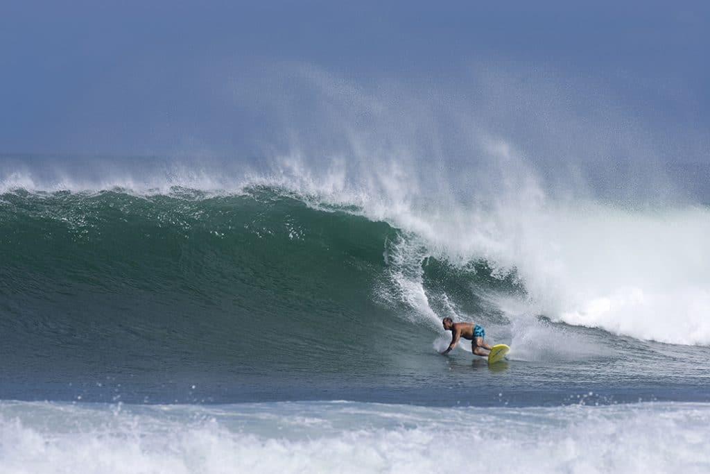 Ben Apia surfing at Haleiwa, 10.14.06
